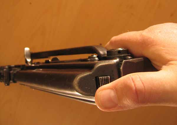 How to field stripp the Kalashnikov AK47 AKM AK74 and