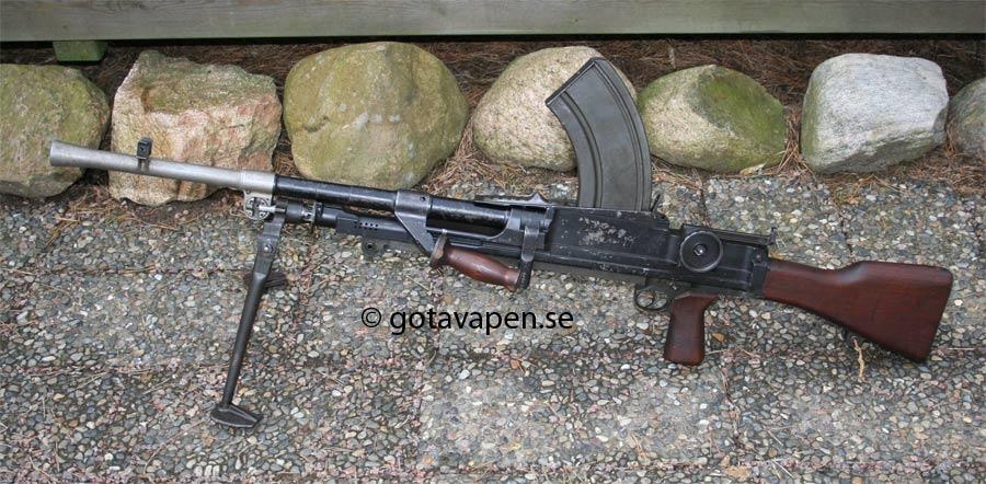 LMG Kg m1939 or BRNO ZB26 in Sweden