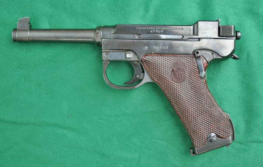 The swedish pistol m 1940 husqvarna and lathi v35 for Esstisch 2 40 m